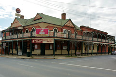 Star  Hotel, Rutherglen, Victoria (Jungle Jack Images) Tags: light house cold public beer bar john hotel amber pub inn order counter hole drink meals capital lounge ss ale 7 australia whiskey victoria spirits pot liquor alcohol brewery tavern cheers customer rum local scotch pint heavy bourbon saloon brew mates keg schooner bartender alehouse thirsty drinkers tab lager stout watering barman shout serve froth draught drinker middy publican public bar coldie rotherglen