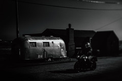easy rider (stocks photography.) Tags: bw beach photography coast blackwhite seaside photographer stocks motorbike wires wired dungeness caravan airstream easyrider tiltshift stocksphotography michaelmarsh canon5dsr creativetiltshiftphotography