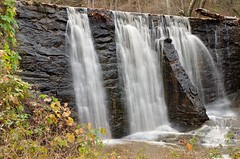 Falls At Old Guilford Mill (impr ver) (MND7000) Tags: autofocus photographyforrecreation infiniteexposure