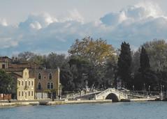 giardini s.elena (venezia) (conteluigi66) Tags: alberi nuvole ponte laguna acqua venezia giardini palazzi luigiconte