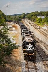 High Hood Arrival (Peyton Gupton) Tags: ns norfolk southern coal train high hood gp382 west sevier end district yard