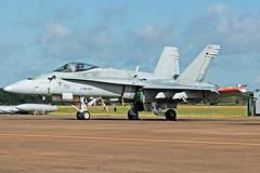 Finnish Air Force F-18 Hornet HN-424 (Sam Pedley) Tags: f18 riat finnishairforce f18hornet hornet royalinternationalairtattoo mcdonnelldouglas ffd raffairford hn424