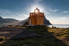 Desire (AxelN) Tags: lighthouse durchscheinen sonne himmel bolungarvik sea iceland leuchtturm westfjorde ammeer meer island sky sun water shinethrough wasser westfjords