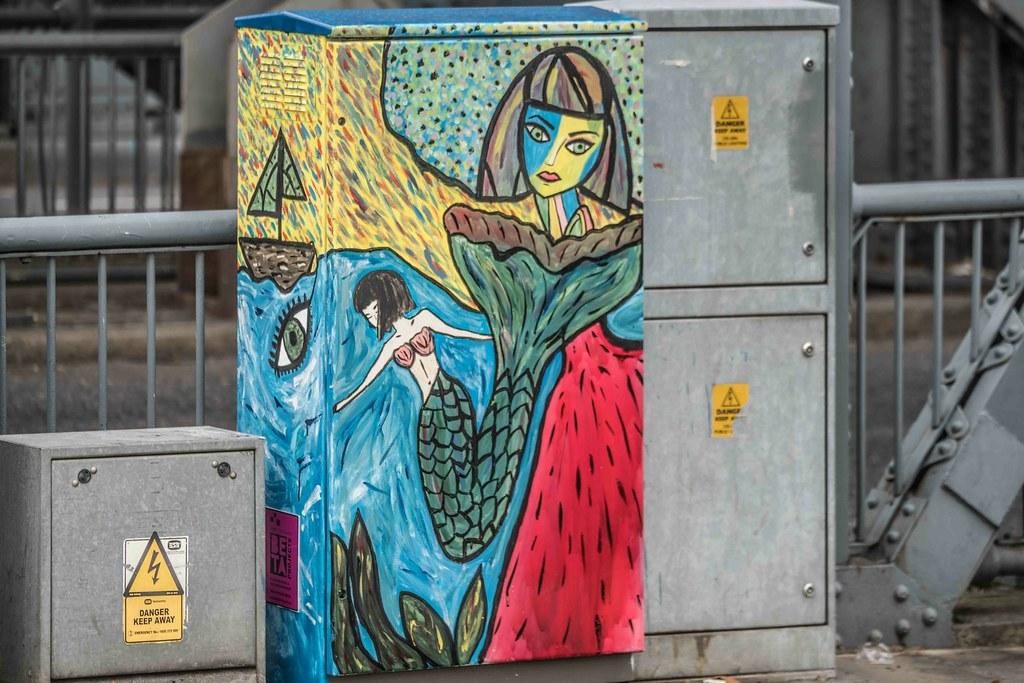 DUBLIN CANVAS STREET ART BY HANNA Mc. D [NEAR THE CONVENTION CENTRE]-109085