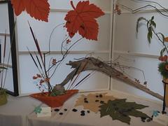 Bittersweet, Calla Lillies, Dianthus & Cat Tails by Pat Kindelan of the Ikenobo & Koryu Schools (nano.maus) Tags: lauritzengardens japaneseflowerarrangement omahabotanicalsociety japaneseambiencefestival