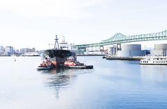 Backing Out (PAJ880) Tags: bridge liberty chelsea axel tugs tanker tobin tibbetts