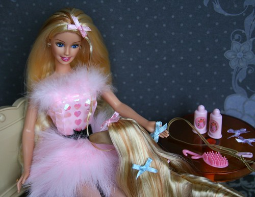 Glam 'n Groom (Emily-Noiret) Tags: pink dog vintage groom doll n barbie 1999 blonde glam lacey mattel
