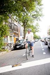 2015 09 01 - 6770 - DC - Candids (thisisbossi) Tags: usa bicycling cycling cyclists washingtondc dc nw unitedstates northwest rhodeislandavenue 14thstreet candids bicyclists bikelanes fourteenthstreet bikedc