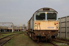 112. 58008 at Eastleigh. 18-Dec-15. Ref-D116-P112 (paulfuller128) Tags: low transport class international modular depot bone trailer loader 58 modules eastleigh 58008 moveright c58lg