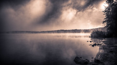 oba heid wird`s schee! - sun comes through! (Florian Grundstein) Tags: sky lake water mirror reflections morning early fog landscape seascape widescreen wallpaper rough trees nature hike hiking upperpalatinate bavaria germany oberpfalz heimat daheim see himmel nebel morgens sonnenaufgang sunrise sunset light nikon fx d610 nikkor outdoor grundstein florian misty