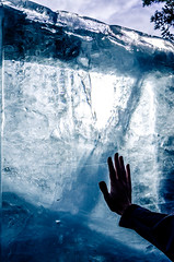 Working with Ice (Aksel Alvarez-Jurgueson) Tags: nikond7000 akselalvarez architektur icehotel whitestudieresor ice cold winter arkitektur architecture arquitectura sweden suecia sverige kiruna