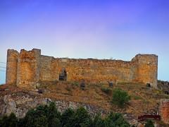 <El Castillo> Aguilar de Campoo (Palencia) (sebastinaguilar) Tags: palencia castillos monumentos 2014 fortalezas murallas ruinas paisajeurbano espaa