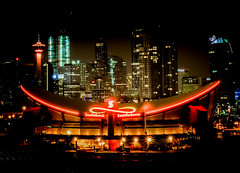 Typical Calgary Skyline (christianstapor) Tags: calgary canada alberta nightscaping night nightphotography nightscape cityscape mirrorless fujifilm fujifilmxt10 xt10 xf1855mm sunstar starburst
