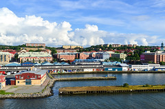 Arriving in Gteborg by ferry (jbdodane) Tags: city cycletouring cyclotourisme europe freewheelycom goteborg sweden jbcyclingnordkapp