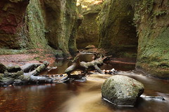 Finnich Glen and 'The Devil's Pulpit' (Henry Hemming) Tags: finnich glen devils pulpit killearn trossachs loch lomond scotland highlands river canyon gorge dark damp moss secret