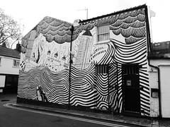 One Codrington Mews (duncan) Tags: onecodringtonmews mural xl xlrecordings portobello nottinghill thomyorke theeraser stanleydonwood