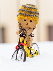 Danbo hates Winter (CecilieSonstebyPhotography) Tags: canon canon5dmarkiii danbo ef100mmf28lmacroisusm markiii bicycle bokeh city closeup hat snow wheels winter
