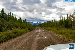 Offroad in the canadian Rockies (felix.hohlwegler) Tags: canada canadianrockies rockies rockymountains kanada america travel traveling aroundtheworld athabasca athabascafalls falls river wasser water mountains berge clouds wolken sky himmel glacier glacierwater canon canoneos canoneos7d photography fotografie