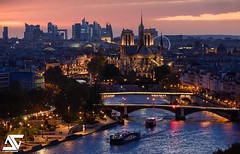 Last light (A.G. Photographe) Tags: anto antoxiii xiii ag agphotographe paris parisien parisian france french français europe capitale seine bateauxmouches d810 nikon nikkor 70200vrii sunset notredame cathédrale ladéfense grandpalais arcdetriomphe