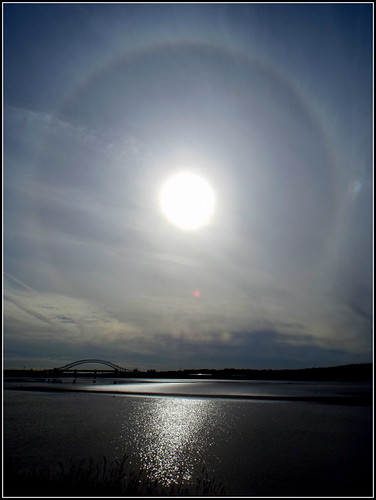 22 degree Sun Halo  18th August 2015