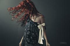 (PetterZenrod) Tags: red beauty hair dress retrato sigma redhead bella pelirroja portail 30mm