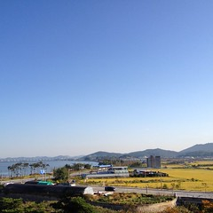 Morning Sky 2015/10/05  (Neoadam()) Tags: morning sky october bluesky korea morningsky   gunsan 10      gunsansi