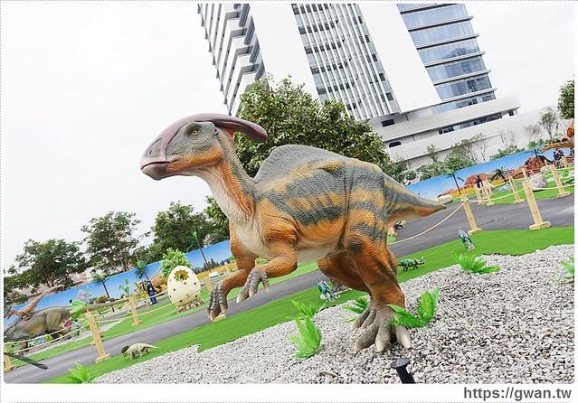 23933510212 37b76d2c79 z - [台中展覽●西屯區] 台中侏儸紀樂園–全台唯一戶外大型恐龍展,展期2015/12/18~2016/3/17 ♪ 來看會動的恐龍