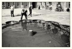 Purification (toletoletole (www.levold.de/photosphere)) Tags: street people bw man fountain fuji iran brunnen menschen cleaning sw mann esfahan isfahan reinigung fridaymosque xt1 freitagsmoschee fujixt1
