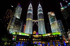 KLCC at night (yukarifukui) Tags: kualalumpur klcc twintowers night light colorful building malaysia skyscrapers