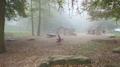 Spielplatz im Nebel (igelchen) Tags: spielplatz kasper leimen naturfreundehaus