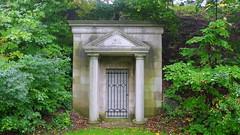 047crpshsataconacolfwl (citatus) Tags: morison mausoleum mount pleasant cemetery toronto canada fall afternoon 2016 pentax k3 ii