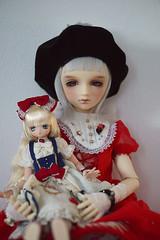 Doll with a doll (Muri Muri (Aridea)) Tags:     volks vs one off liz super dollfie ball jointed doll bjd