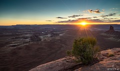 Hello there, Acrophobia! (Wim Air) Tags: acrophobia canyonlands national park sunset sundown red sun bush canyon bernhard wimmer wimairat