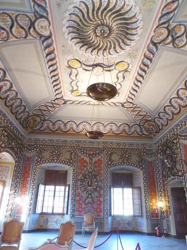 Sarre: sala decorata con corna di stambecco e camoscio nel Castello di Sarre, 29/10/2016