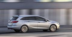 Der neue Opel Astra Sports Tourer. (opelblog) Tags: frankfurt highlights rüsselsheim kombi astra reveal opel stationwagon hatchback iaa opelastra 2015 kofferraum effizienz komfort weltpremiere astrak astrasportstourer platzangebot opelblogcom raumangebot räumling iaa2015