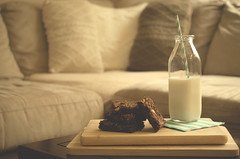 Nutella and Ferrero Rocher Brownies (flashfix) Tags: stilllife ontario canada lines recipe table dessert milk bottle nikon warm chocolate napkin ottawa straw livingroom couch treat nutella 40mm brownies stacked sqaures foodphotography hss 2015 softexposure cuttingboards sweetsunday frommykitchen d7000 nutellabrownies nikond7000 happysweetsunday 2015inphotos november152015 nutellaandferrerorocherbrownies ferrerorocherbrownies