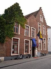De Bonte Koe, Brugge (Erf-goed.be) Tags: geotagged brugge westvlaanderen archeonet debontekoe diephuizen geo:lon=32224 geo:lat=512053