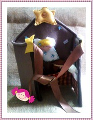 ESTBULO PARA BRINCAR, ACOMPANHA DEDOCHES DA SAGRADA FAMLIA - ESTARA A VENDA NO BAZAR DO ARMARINHO IZABEL - MIER - RJ (Bonequinha Rosa) Tags: meninos natal jesus craft felt santos igreja meninas anjos presentes sagradafamlia crafter dedoches nascimentodejesus paolency santificado presentesdenatal autodenatal ldicos brinquedosinfantis mariaejos missadogalo brinquedosldicos estbulodefeltro animaisdoestbulo estbulodebrinquedo estbuloemfeltro dedochessagradafamlia lembrancnhasdenatal