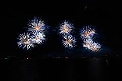 2015 Skyfire-52 (www.awphoto.com.au) Tags: lake fireworks au australia canberra aus act skyfire lakeburleygriffin 2015 fm1047 australiancapitalteritory asiriwanigarathne infoawphotocomau wwwawphotocomau
