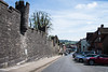 Arundel - Castle Walls High Street (Le Monde1) Tags: arundel howard dukeofnorfolk lemonde1 nikon d610 town castle cathedral romancatholic market westsussex england county uk southdowns riverarun frenchgothic architect josephaloysiushansom walls highstreet