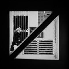 267/366 - Mehrfachbelichtungen / Multiple Exposures (Boris Thaser) Tags: 11 365 366 augsburg bavaria bayern creativecommons deutschland doppelbelichtung dreieck eingang erwachsener explore flanieren flickr frau fujixt1 fujifilmxt1 gehen germany gitter mehrfachbelichtung menschen project365 projekt rahmen sw schlendern schwarzweis spazieren stadt strase strasenfotografie streetphotography szene tr adult bw blackandwhite candid city door doorway doubleexposure entrance frame grid multipleexposure people photoaday pictureaday project project366 scene street streettog strolling tog triangle ungestellt unposed walking woman zweisichtde zweisichtig