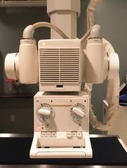 GE Compax 40 X-Ray Tube and Collimator (atjoe1972) Tags: ge generalelectric advantx xray machine compax 40 oldschool imaging radiology film tube dos manual atjoe1972 collimator