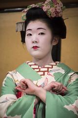 Gion Corner (maiko.gallery) Tags: red maiko geiko geisha hanamachi kimono gion kyoto japan
