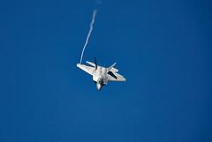 F-22 Raptor (Bernie Condon) Tags: riat riat16 airtattoo tattoo ffd fairford raffairford airfield aircraft plane flying aviation display airshow uk 2016 lockheedmartin f22 raptor usaf fighter stealth military warplane jet