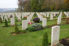 DSC01386 (Watsonette) Tags: peronne somme 1418 contemporaine watsonette thiepval soldats wwi