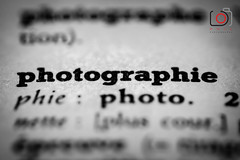 Photographie Lettre macro-9087 (gov_phil) Tags: macro book letters card hmm macromondays bw blackandwhite