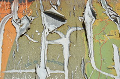 La Bréole, 04 (RarOiseau) Tags: labréole alpesdehauteprovence panneau texte saariysqualitypictures abstrait