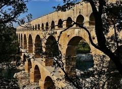 Le Pont du Gard (Matiou83) Tags: bridge architecture antic land sky pont france aqueduc travel monument history perspective
