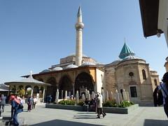 Konya - Mevlana Turbesi, courtyard (damiandude) Tags: rumi dervish sufi