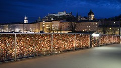 A view of the Hohensalzburg Castle, in Salzburg (s_samanta) Tags: nightphotography landscape cityscape salszburg castle hohensalzburg